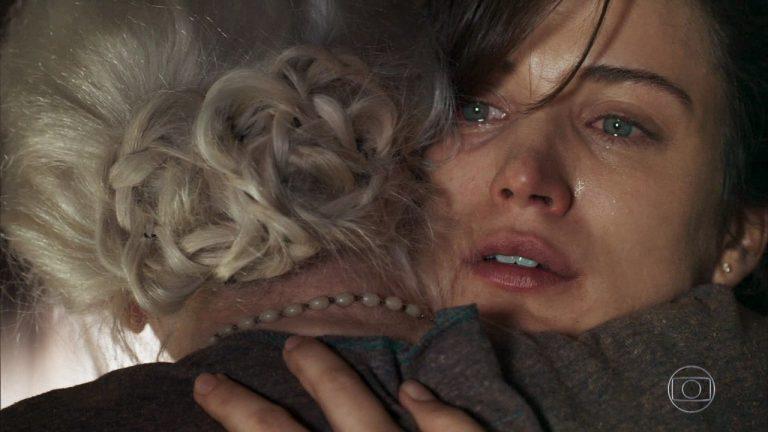 O Outro Lado do Paraíso: Clara cria plano maligno e assusta Mercedes