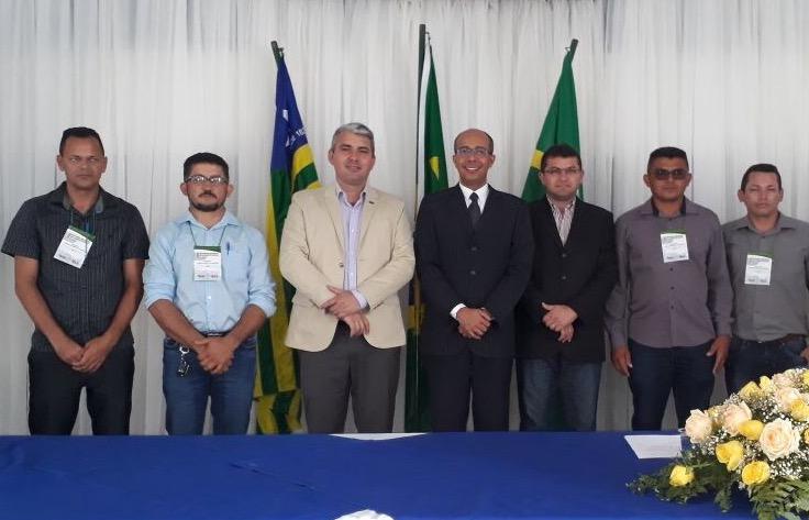 Vereadores de Barra D'Alcântara participam de encontro nacional de legislativo em Floriano-PI.