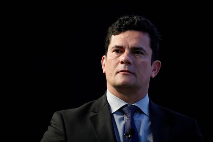 Juiz Sérgio Moro diz que não havia motivo para adiar prisão de Lula