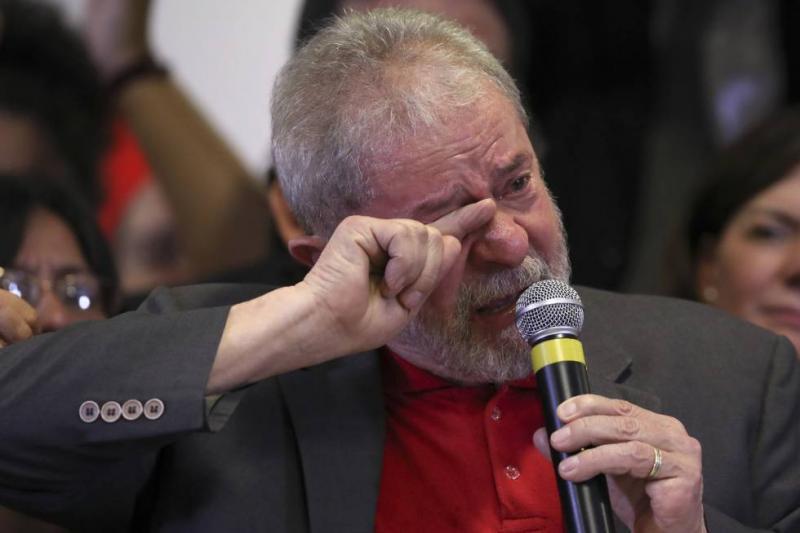 Lula chora e grava áudio que será divulgado após prisão