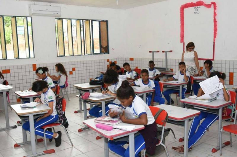 Secretaria de Educação realiza