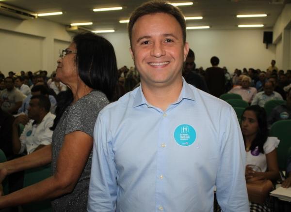 Prefeito Júnior Bill de São Pedro do PI, participa de evento de filiação do Progressistas
