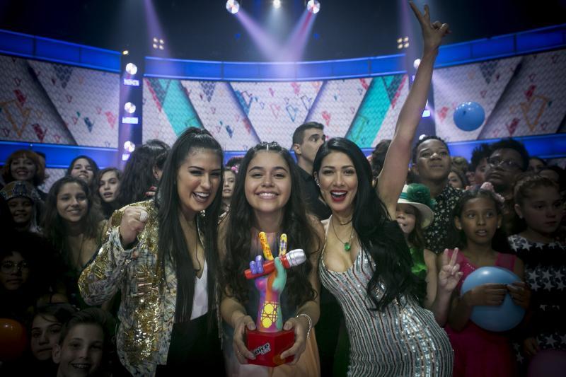 Eduarda Brasil do time Simone e Simaria vence 'The Voice Kids' 2018