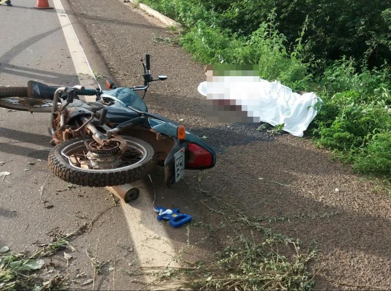 Jovem morre após perder controle de moto na BR 407