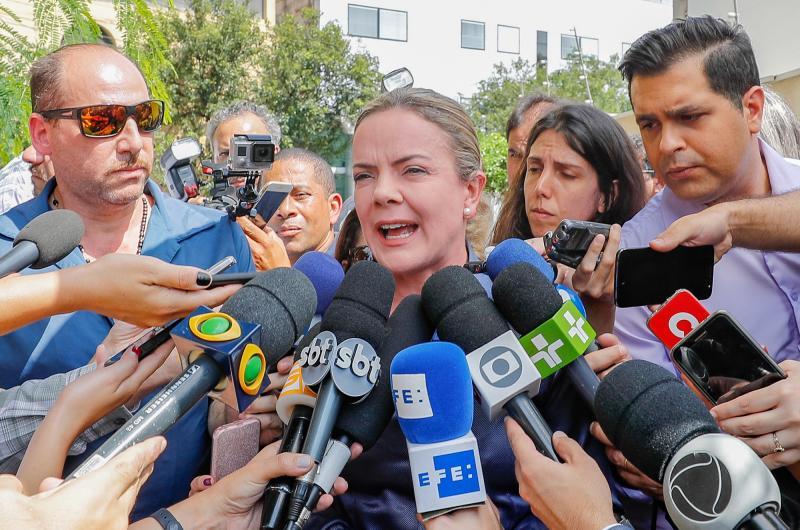 PT marca reunião para reafirmar candidatura de Lula