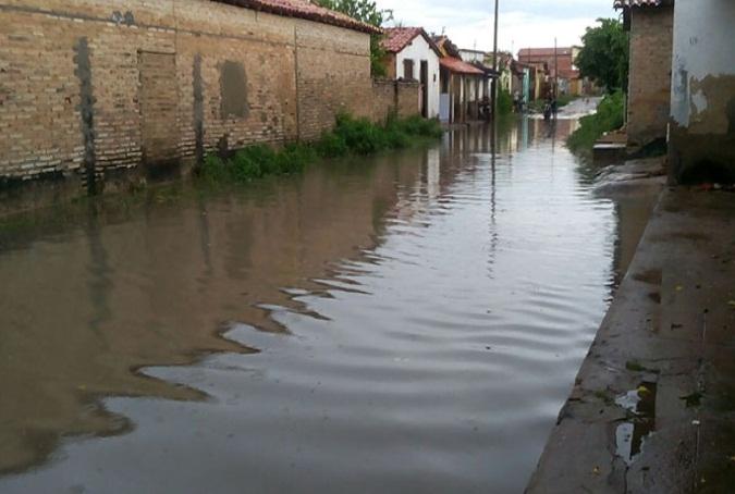 Municípios do Piauí registram vários pontos de alagamentos