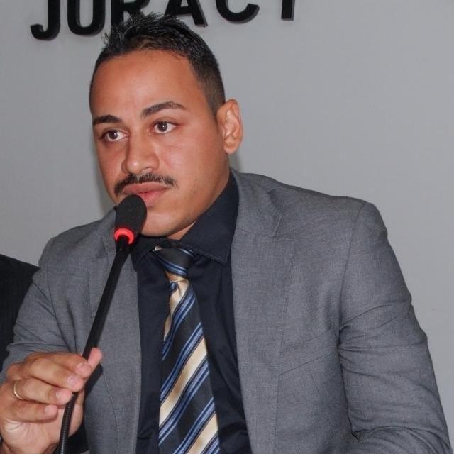 Vereador convida população para participar das sessões na Câmara de Gilbués
