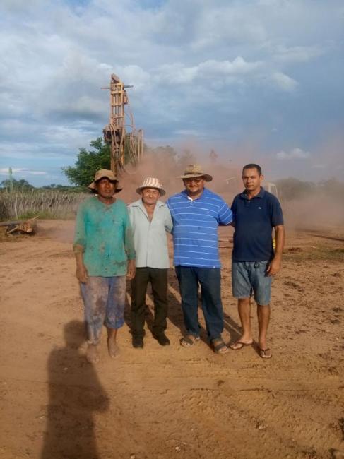 A prefeitura de Pedro Laurentino em parceria com o DNOCS perfura vários poços