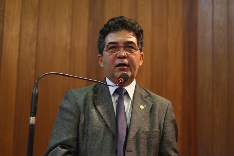 Francisco Limma responde oposição e pede racionalidade nas críticas