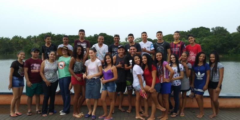 Prefeitura de Lagoinha do Piauí através do Cras realiza passeio turístico com jovens