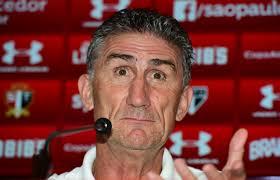 Técnico Edgardo Bauza revela sondagem do Flamengo