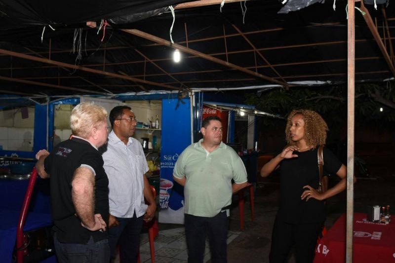 Prefeito Joel visita pontos do centro de Floriano que serão contemplados com obras de revitalização