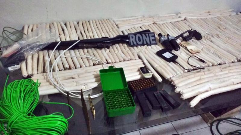 Advogado é preso com fuzil e material explosivo em Teresina