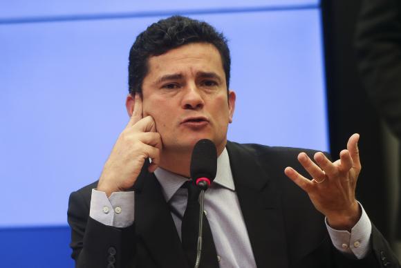 Juiz Sérgio Moro e advogado de Lula discutem em audiência