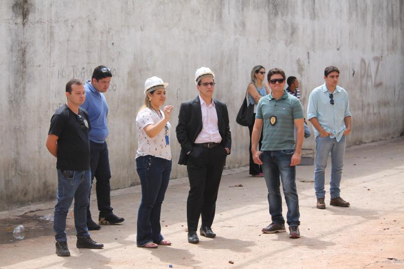 Penitenciária de Esperantina é interditada e presos são transferidos