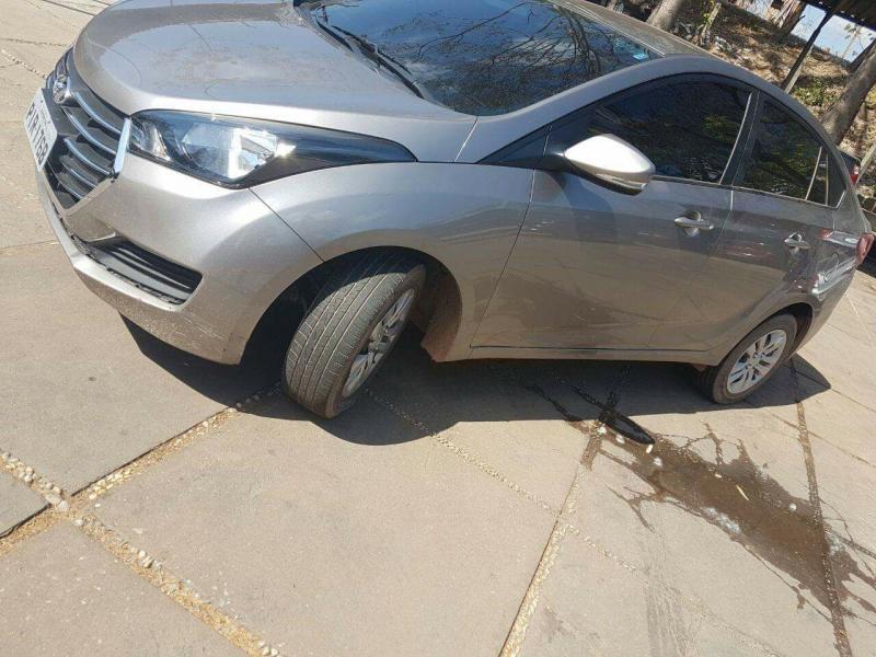 Carro roubado em Teresina é recuperado em Altos