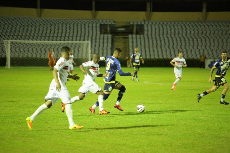 Altos e River disputam final do Piauense no domingo