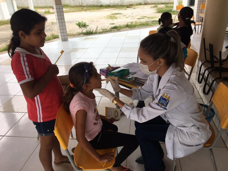 Campanha contra hanseníase e verminose mobiliza escola em Lagoa do Piauí