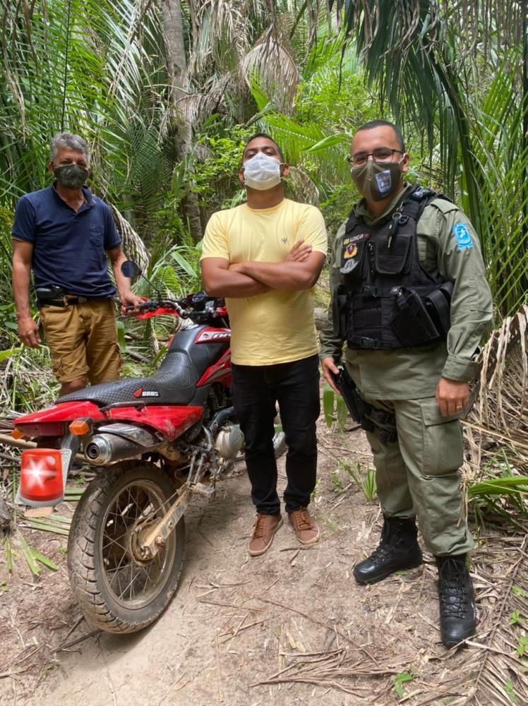Polícia recupera duas motocicletas em Beneditinos