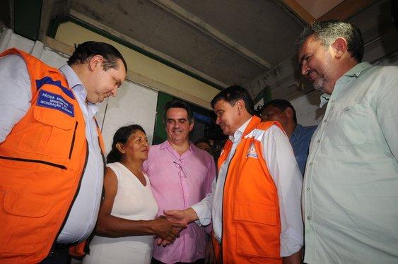 Governador e ministro visitam áreas afetadas pelas cheias no Piauí
