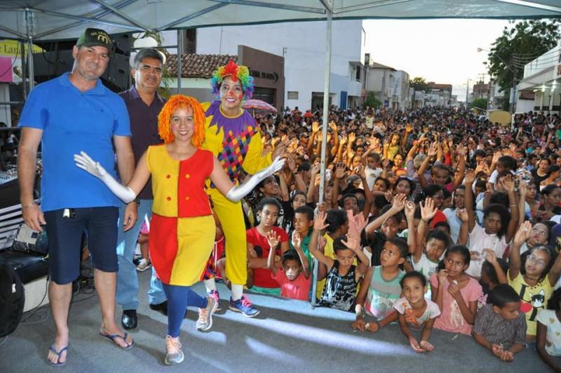 Prefeitura de Corrente comemora o dia das crianças com grande festa