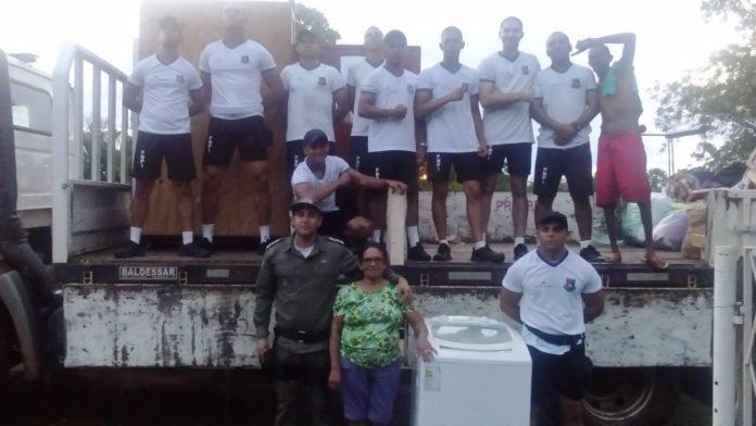Família fica ilhada pelo rio Longá e é resgatada na zona rural de Cabeceiras