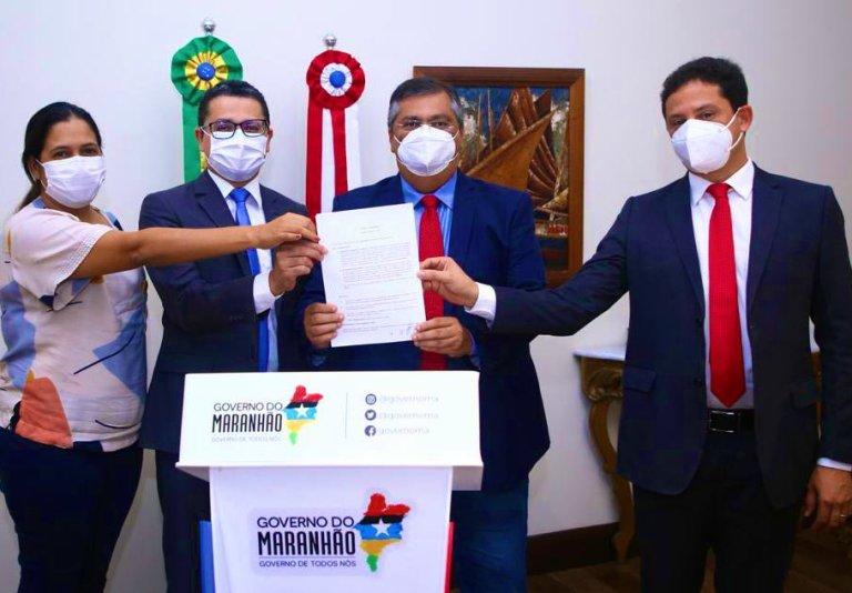 Flávio Dino compra 4,5 milhões de doses da vacina Sputnik V