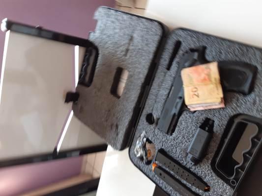 PF investiga uso de documentos falsos para aquisição de armas e tráfico