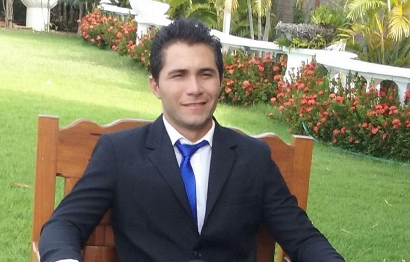 Jovem morre após ser baleado na cabeça em tentativa de assalto