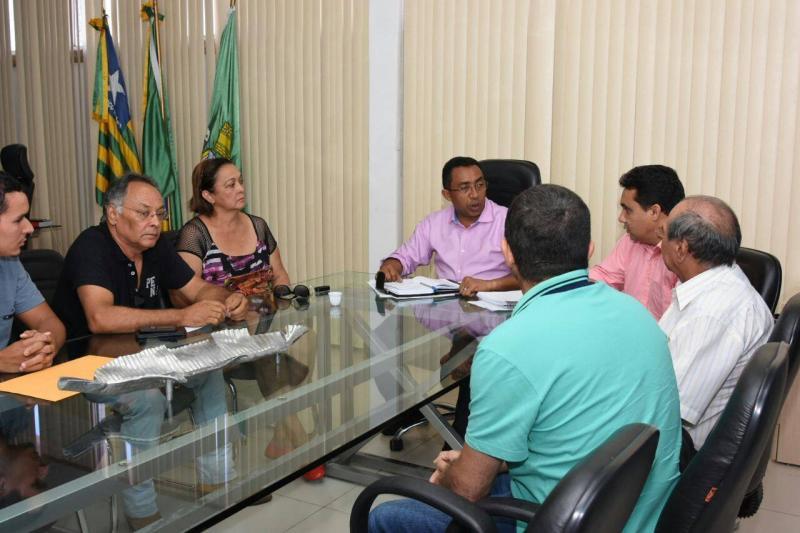 Reunião na sede da prefeitura de Floriano discute funcionamento do Guardião Eletrônico