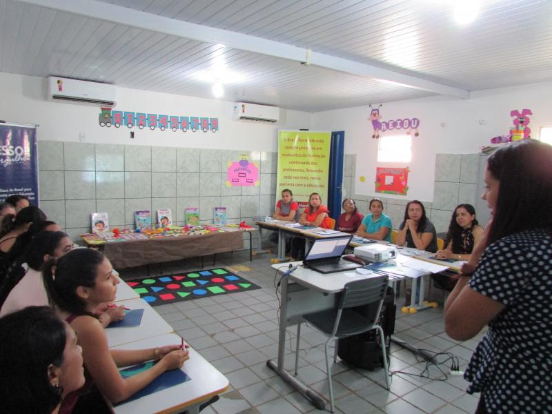 Prefeitura de Lagoinha do Piaui realiza formação de professores do ensino infantil