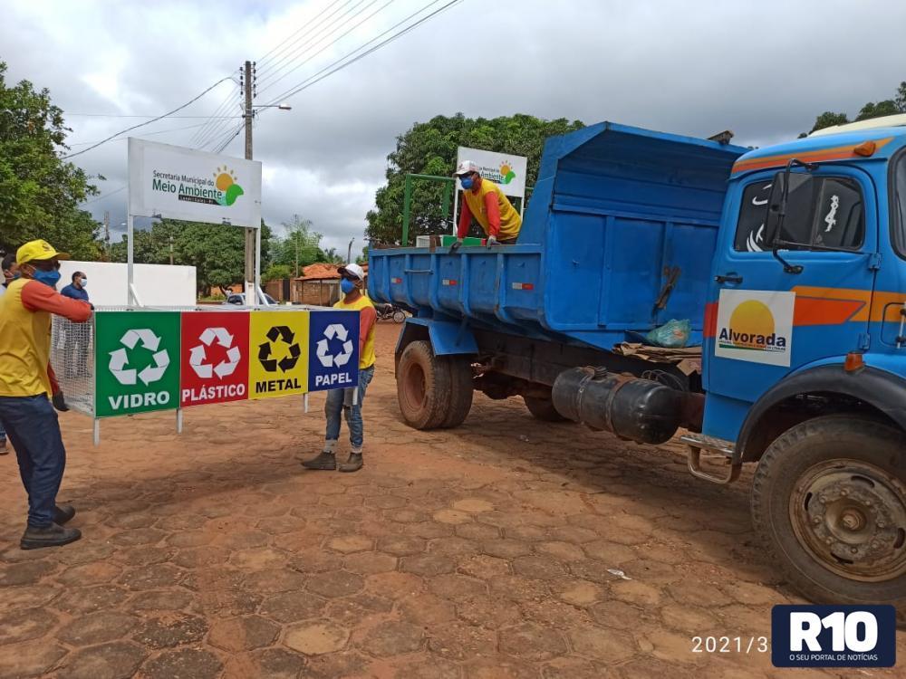 Coletores para lixo são distribuídos em Landri Sales
