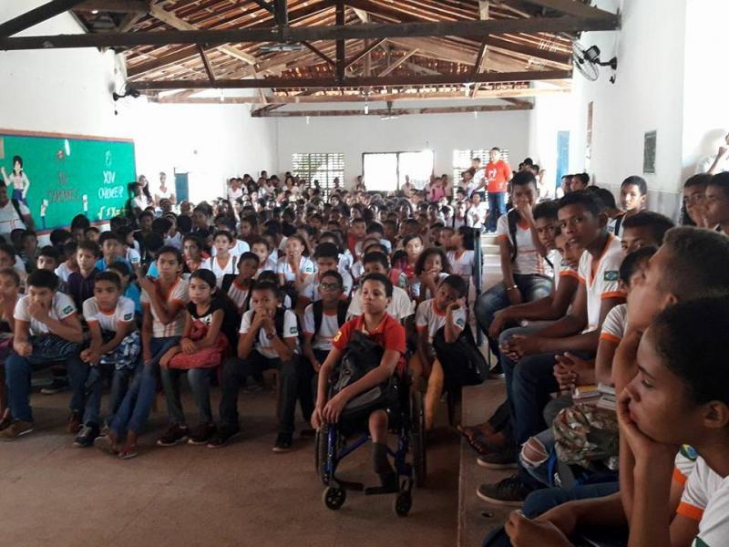 Escola municipal de Nazária realiza atividades em alusão ao Dia do Livro Infantil