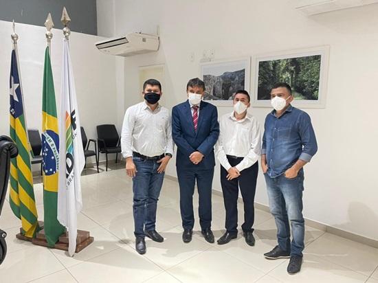 Prefeito Nonatinho se reúne com W. Dias para tratar de projetos em Cocal
