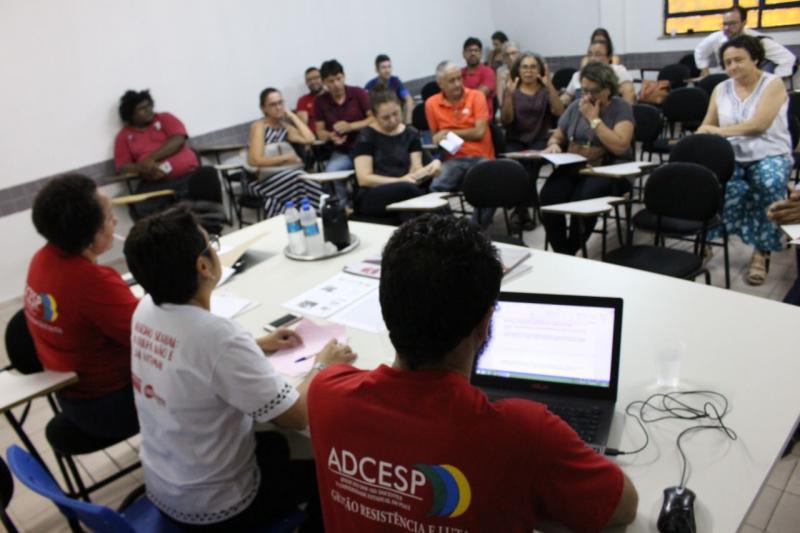 Professores da UESPI aprovam paralisação geral