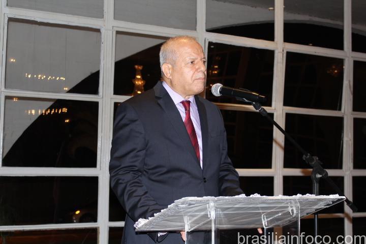 Embaixador da Argélia Toufik Dahmani fala sobre as obras de Oscar Niemeyer