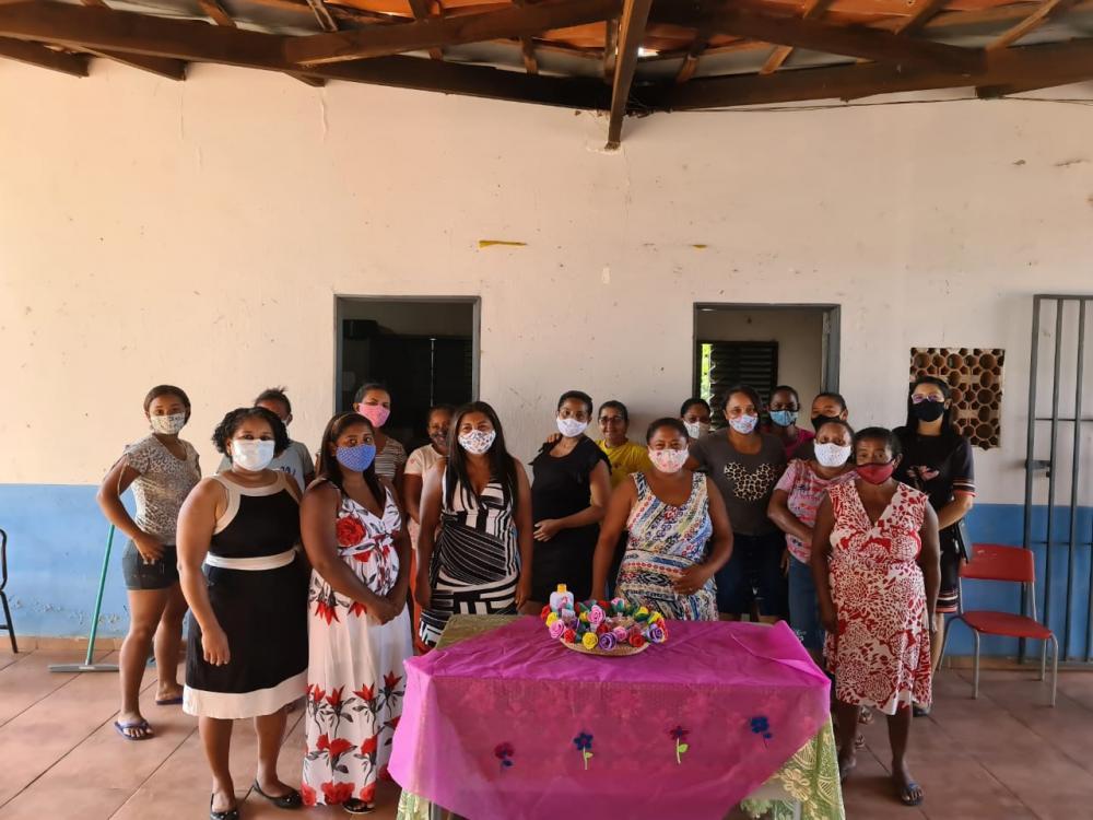 Mães recebem homenagem durante entrega das atividades em Gilbués
