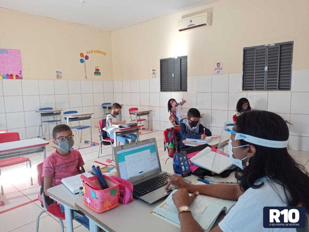 Rede Municipal inicia aulas presenciais em Landri Sales