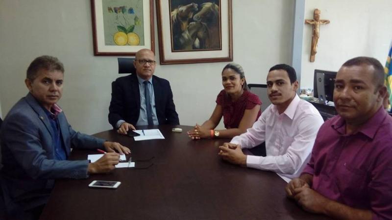 Vereadores se reúnem com Sec Estaduais de Administração e Saúde