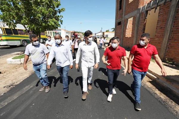 Prefeitura implanta mais de 22 mil metros de asfalto em Cristino Castro