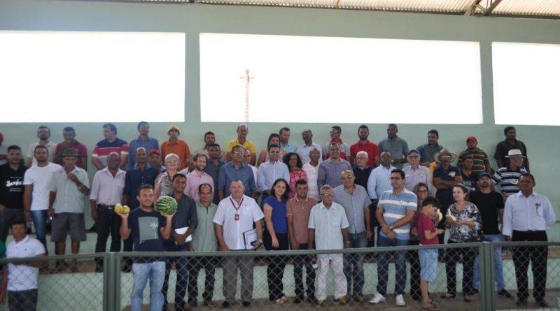 Câmara setorial de fruticultura é instalada e beneficiará produtores da região de Conceição do Canindé