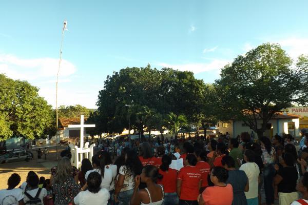 Fé e tradição marcam o início dos festejos da Padroeira Santa Cruz em Landri Sales