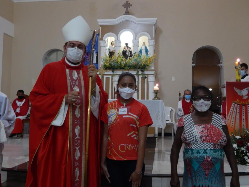 Paroquia de São Benedito realiza Crisma com Jovens e Adultos