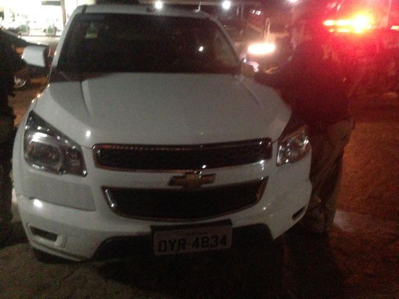 Policiais de Campo Maior apreendem veículo roubado em Pernambuco