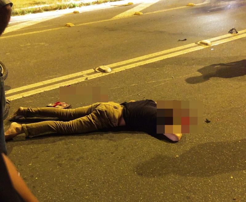 Bandido morre ao colidir moto com poste em Teresina