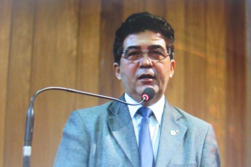 Líder do Governo critica oposição e pede ação de bancadas para liberação de empréstimo