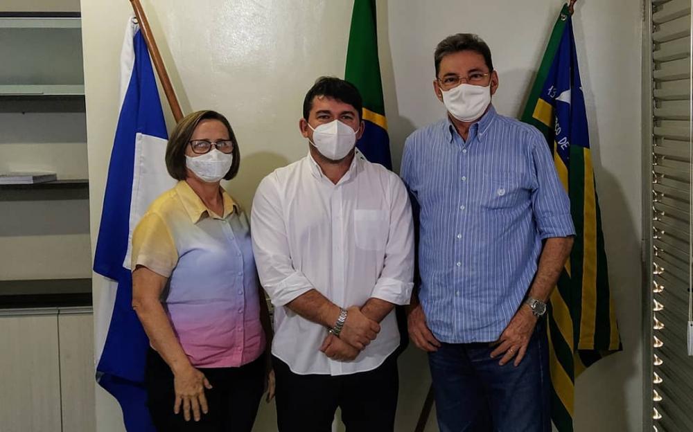 Prefeito Elvis Ramos recebe visita do Wilson Martins em Ipiranga do Piauí