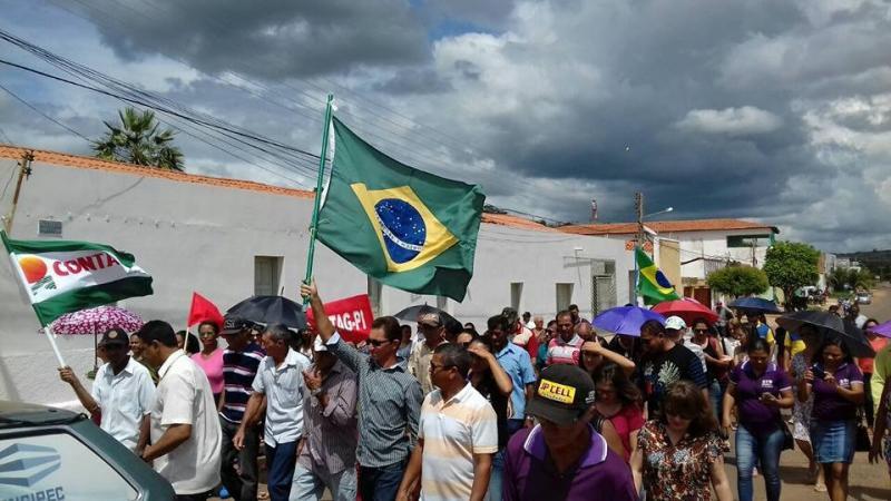 Servidores realizam protesto nesta quinta em Teresina