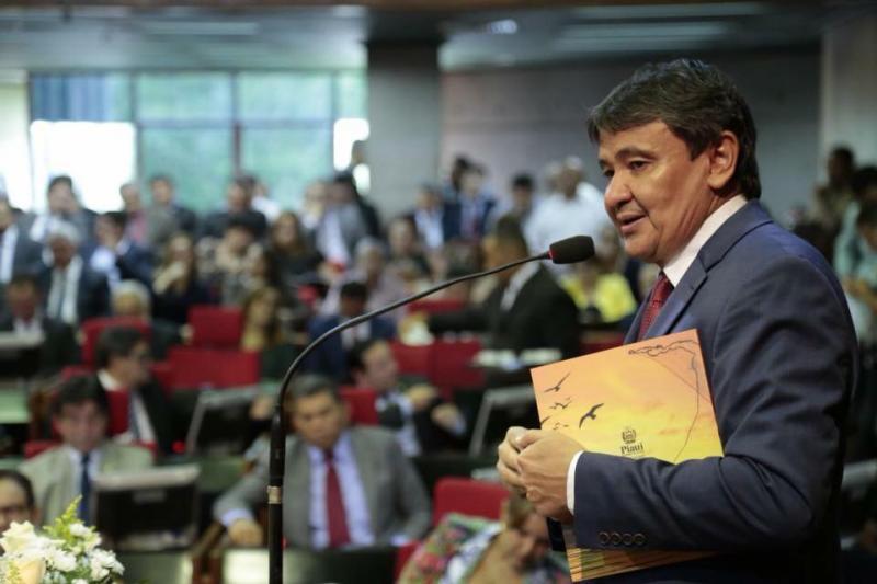 Wellington Dias diz que ninguém deve pré-julgar Ciro Nogueira