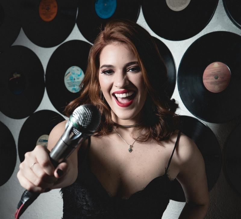 Ana Clara diz que vai focar em carreira artística: 'Me chama que eu vou'